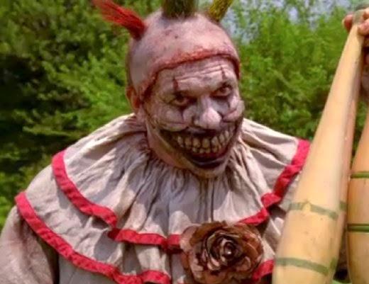 xamerican-horror-story-freak-show-clown.png.pagespeed.ic.iVmW4j1nId